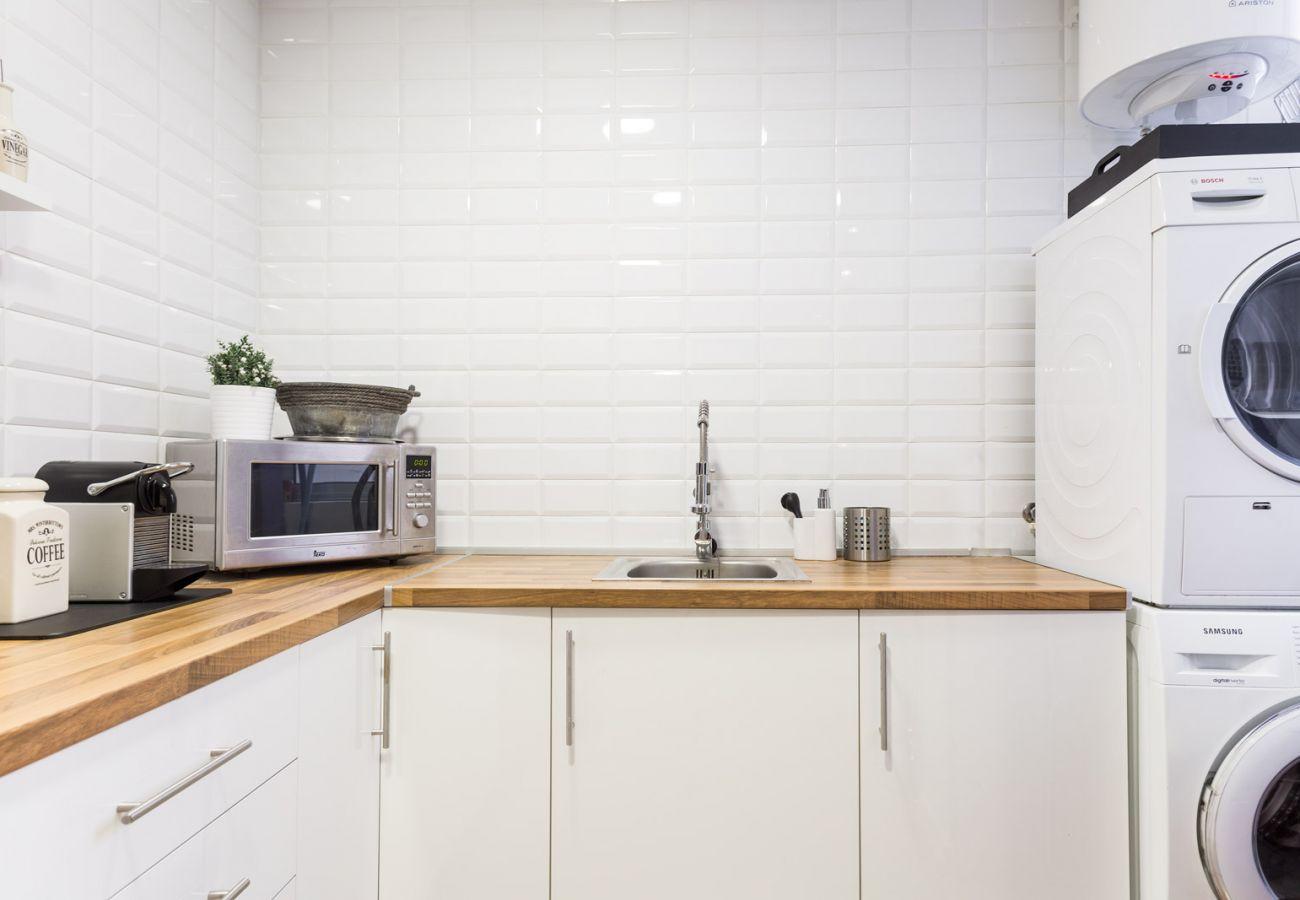 Apartamento en Barcelona - Superb 2Br Designer Apt.