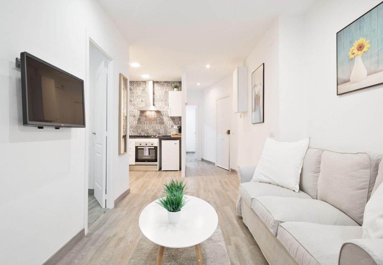 Apartamento en Barcelona - Fabulous 3Br Apt. with Balcony